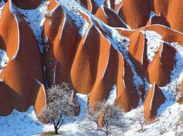 La neige en Cappadoce