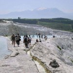 Site de Pamukkale  avant l'interdiction d'accès aux bassins - photo d'archives