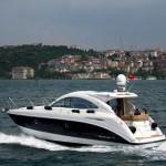 Yacht sur le Bosphore