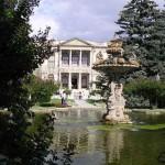 Dans le parc de Dolmabahçe