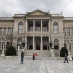 Entrée du palais de Dolmabahçe