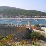 Marina de Çeşme du haut de la citadelle