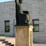 Statue de Hacibektaş veli