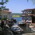 Le minuscule port de Kanlica