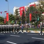 Parade à Istanbul pour la fête de la République