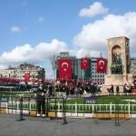 Place de Taksim jour de fête de la République