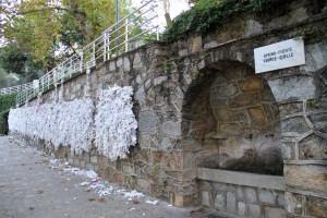 Fontaine et mur à voeux à la maison de la Vierge à Ephèse
