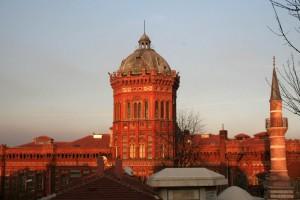 Le lycée orthodoxe de Fener sous le soleil couchant