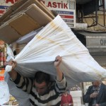 Récupération de cartons en Turquie