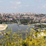 Vue sur la Corne d'Or du cimetière juif de Hasköy