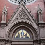 Fronton entrée église Saint-Antoine à Istanbul