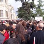 La foule au rdv chaque 10 novembre au Palais de Dolmabahçe