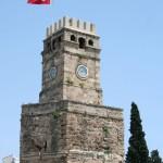 Tour de l'horloge à Antalya