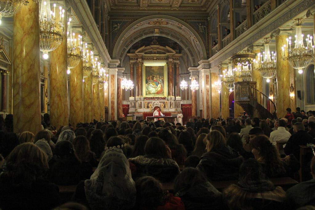 Célébration chaldéenne à la cathédrale du Saint-Esprit à Istanbul