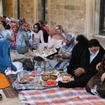 Cour de la Mosquée d'Eyüp durant le Ramadan
