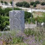 Monument en marbre à Saraylar, île de Marmara