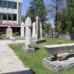 Dans le jardin du musée archéologique d'Eskişehir