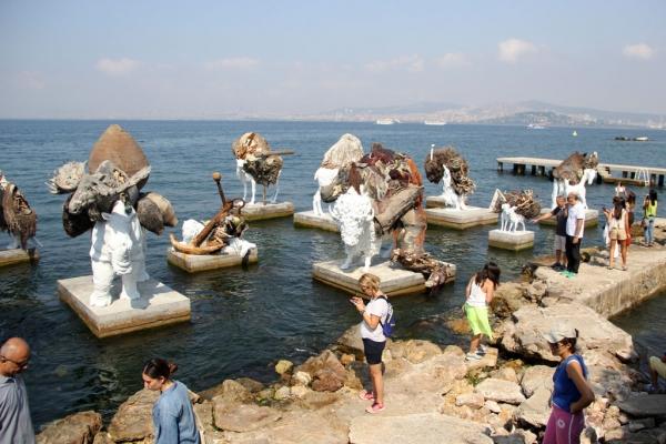 Biennale d'Istanbul 2015 à Büyükada