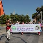 Défilé à Edirne pour le Festival de lutte à l'huile