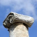 Détail d'une colonne de Pergé