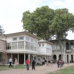 Dans l'enceinte du Palais de Topkapı