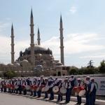 Festivités à Edirne durant le festival de lutte à l'huile