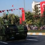 L'avenue Vatan sur laquelle a lieu le défilé pour la fête de la République à Istanbul