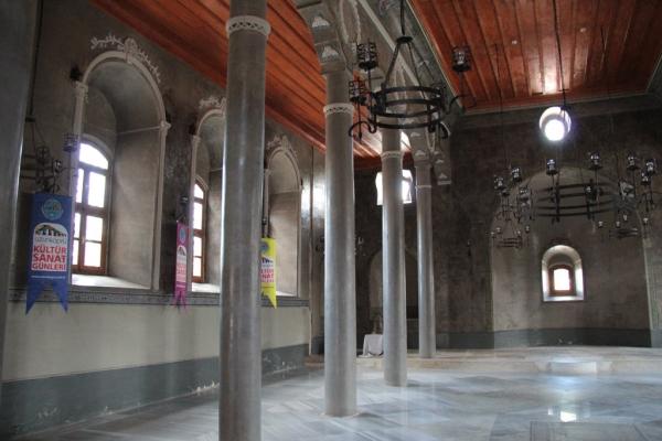 Maison de la Culture et des Arts d'Uzunköprü, ancienne église St Jean Baptiste