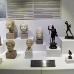 Une des vitrines du musée de Pergame