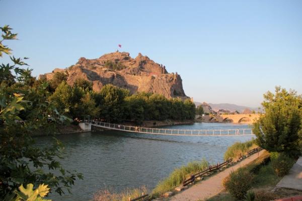 Pont Koyunbaba et citadelle d'Osmancık