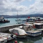 Petit port de Yeniköy au bord du Bosphore