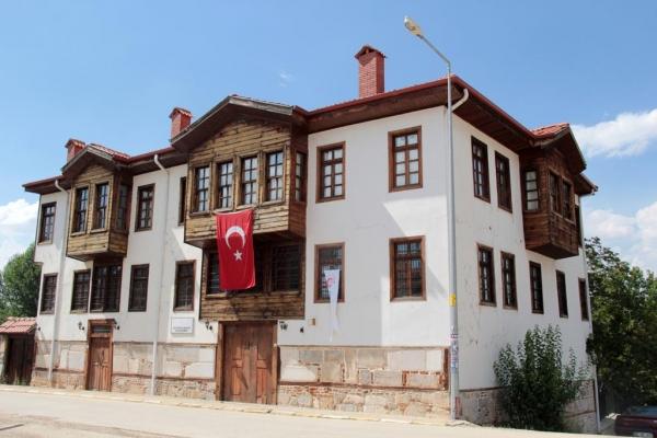 Imposante demeure de Yalvaç restaurée