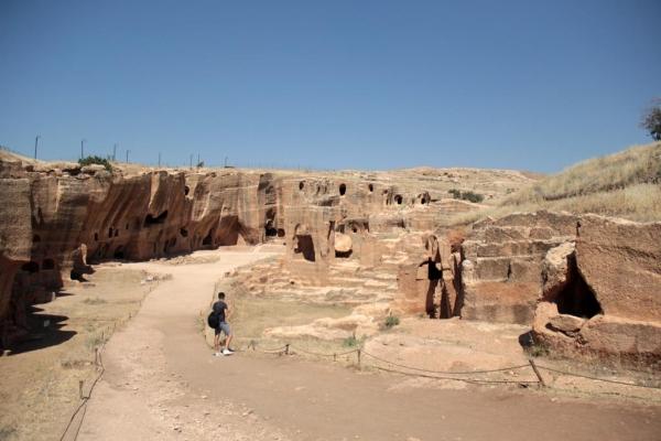 Nécropole de Dara