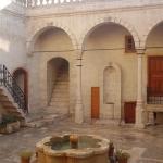 Une cour intérieure dans la vieille ville d'Urfa