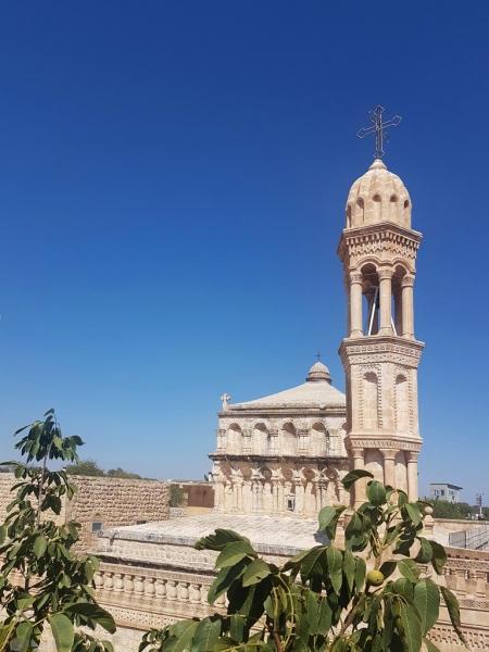 Eglise de la Vierge Marie, Hah