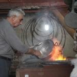 Un artisan de Malatya au travail