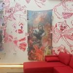 Dans un salon de la Biennale d'Istanbul