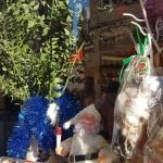 Derrière la vitrine de la pâtisserie Lebon à Istanbul